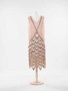 complete fashion 1920's