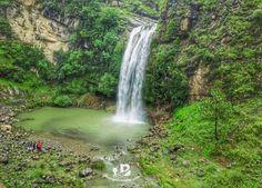 SAJIKOT WATERFALL  Havelian KPK  Pakistan . . #beingatraveler #bilalazam #sajikot #sajikotwaterfall #waterfall #water #explore #hike #adventure #pakistan #kpk #dawndotcom #picturepakistan #islamic_republic_of_pakistan #green #amazing #friends #beautiful