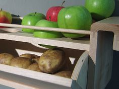 Ethylene gas produced by apples will stop potatoes from sprouting | The Homestead Survival