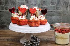 In zwei Wochen ist ja Valentinstag und ich habe mir lange den Kopf zerbrochen, wie man rote Cupcakes als Geschenk zaubern könnte. Ich muss auch gestehen, dass ich das erste Rezept mit Erdbeeren und...