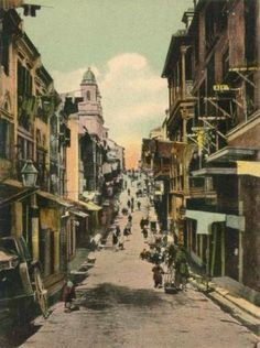 Pp 1880s Wellington St, Hong Kong.    Bill Gibson-Patmore.  (curation & caption: @BillGP). Bill✔️