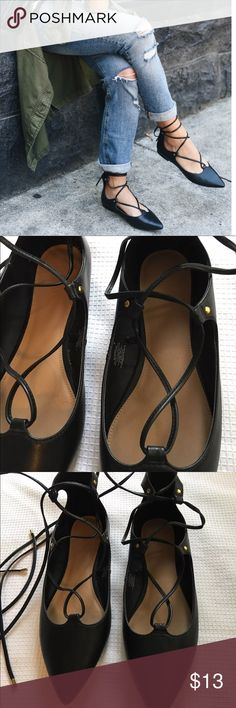 Old Navy Black Size 10 Lace Up Pointy Flats Excellent conditions like new  Size 10 Old Navy Shoes Flats & Loafers