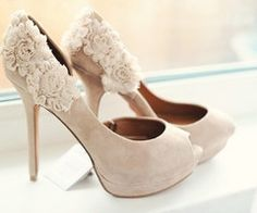 Color, gorgeous details, classic, elegant, unusual, romantic, beautiful, eye catching
