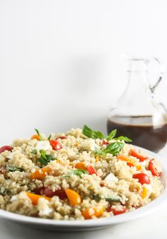 This Caprese Quinoa Salad is simple to make, healthy and delicious. Even carnivores will love this vegetarian salad. http://www.laurenkellynutrition.com