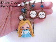 Alice in Wonderland necklace+earrings by elvira-creations