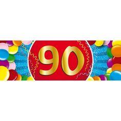 90 jaar sticker voor een 90 jarige. Een vrolijk gekleurde sticker met het cijfer 90. Het formaat van deze sticker is 19,6 x 6,5 cm.