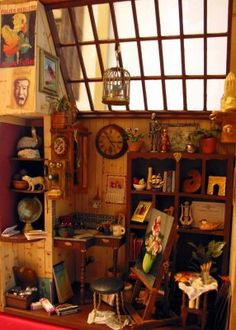 miniature art studio good idea for doll house attic Vitrine Miniature, Miniature Rooms, Miniature Crafts, Miniature Houses, Mini Things, Miniture Things, Dollhouse Furniture, Art Studios, Dollhouse Miniatures
