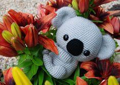 Amigurumi Dogs in Sweaters Free Pattern – Amigurumi Free Patterns And Tutorial. : Amigurumi Dogs in Sweaters Free Pattern – Amigurumi Free Patterns And Tutorials Crochet Gratis, Crochet Bear, Crochet Animals, Crochet Toys, Free Crochet, Crochet Birds, Knitted Dolls, Dishcloth Knitting Patterns, Crochet Amigurumi Free Patterns