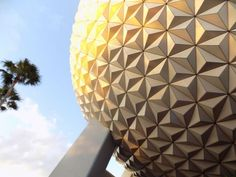 Visiting Epcot with 10-13 year olds? Here is a plan that will help them to see all the key points!