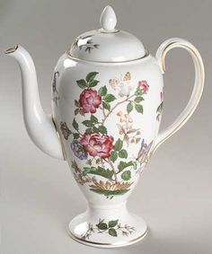 Wedgwood Charnwood (Bone) Coffee Pot & Lid