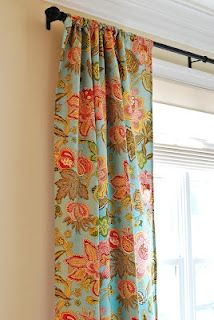 How to make curtains from a bed sheet from Decorella