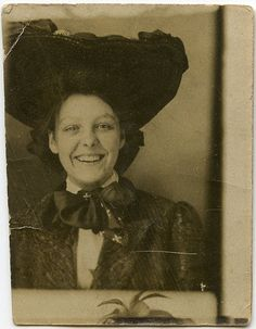 This beautiful young woman has to have one of the most joyful, spontaneous, genuine smiles I've ever seen in a vintage image. #Edwardian #vintage #antique #1900s #portrait #hat #dress #woman #smiling