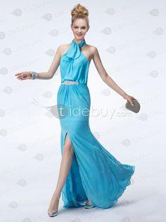 エレガントなホルターネックAラインウエディングドレス