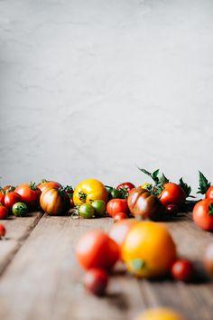 Heirloom Tomato Tart with Cashew Ricotta and Zaatar Food Photography Lighting, Food Photography Styling, Food Styling, Light Recipes, Clean Recipes, Raw Food Recipes, Clean Foods, Savoury Recipes, Food Tips