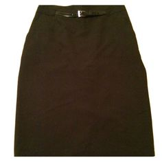 Ann Taylor black pencil skirt size 0 Great condition, barely worn! All offers will be considered!! Ann Taylor Skirts Pencil