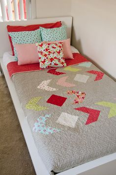 Lella Boutique: Meander quilt pattern