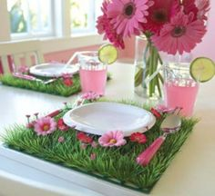 rosa gerberas grün gras deko