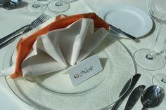 Crown-shaped napkins