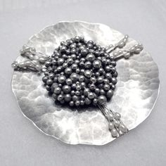 Camille Grenon,  Broche 'Tableau no. 2'   / Sterling silver and white fresh-water pearls