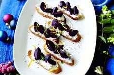 Beetroot and goats' cheese crostini recipe - goodtoknow