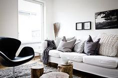 bright apartment design with nordic interior My Living Room, Home And Living, Living Room Decor, Nordic Living, Scandinavian Living, Cozy Living, Scandinavian Interior, Living Room Inspiration, Home Decor Inspiration