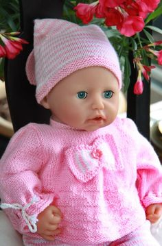 Model 0043 SARA - baby doll knitting pattern.