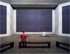 Meditation in front of Rothko Paintings in Rothko Chapel