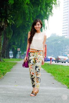 Love her outfit! - A Date in Singapore | Thirstythought