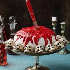 Halloweentårta med dödskallar Spooky Halloween, Halloween Party, Halloween 2019, Halloween Stuff, Trick R Treat, Red Food Coloring, Cake Cover, Vanilla Yogurt, Sugar Paste