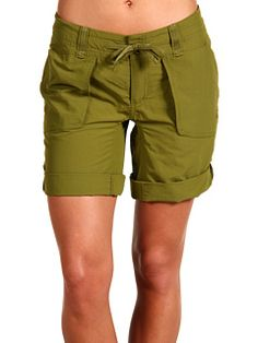 From gardening in the backyard, to hiking the trail, these shorts can handle it all! The North Face Women's Horizon Sunnyside Short