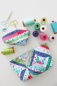 V and Co. string block zipper pouch #aurifil