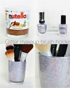 Pot de Nutella revisité en pot à pinceaux de maquillage... ...