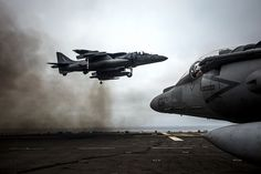 AV-8B Harrier makes a vertical landing aboard USS Boxer. (U.S. Navy photo by Mass Communication Specialist 3rd Class Mark El-Rayes/Released)