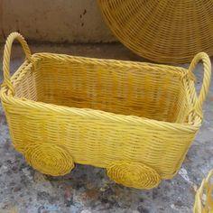 Minimum order 30 pcs .. PO 5-2 minggu tergantung model dan warna     #rotan#souvenir#diamondsouvenir#weddingsouvenir#weddinghampers#hampers#birthdayhampers#babyhampers#hampersbaby#hampersmanyue#rattan#kotakrotan#keranjangrotan#kaleng#mikakaleng#kotakkaleng#kotakkayu#souvenirnikah#souvenirkawin#souvenirulangtahun#souvenirjakarta#hampersjakarta Hampers, Wicker Baskets, Rattan, Dan, Picnic, Model, Home Decor, Souvenir, Wicker