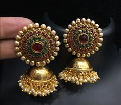 Cute Jewelry For Teens and Jewelry Unique Art Nouveau. Gold Jhumka Earrings, Indian Jewelry Earrings, Jewelry Design Earrings, Gold Earrings Designs, India Jewelry, Antique Earrings, Cute Jewelry, Bridal Jewelry, Silver Jewelry