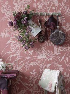 Mauve showing off plum. Dusty Pink, Dusty Rose, Lilac, Lavender, Marsala, Color Violeta, Farm House Colors, Rose Cottage, Cottage Style