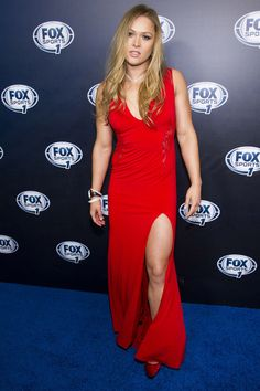 EXCLUSIVE: UFC star Ronda Rousey to battle state Assembly in push to get mixed martial arts legalized in New York Ronda Rousey Pics, Ronda Rousey Hot, Ronda Jean Rousey, Girl Celebrities, Beautiful Celebrities, Celebs, Beautiful Ladies, Wwe Female Wrestlers, Female Athletes