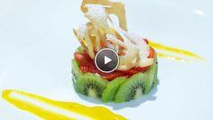 Zoete avocadomousse met obliekrullen - recept | 24Kitchen