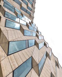 Se dette Instagram-bildet fra @ architectanddesign • 2,431 likerklikk