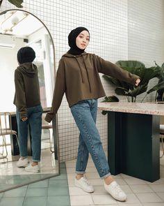Stylish Hijab, Modest Fashion Hijab, Modern Hijab Fashion, Street Hijab Fashion, Casual Hijab Outfit, Hijab Fashion Inspiration, Muslim Fashion, Casual Work Attire, Dress