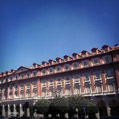 #Torino raccontata dai cittadini per #InTO Foto di @cesco_78 #torino Piazza Statuto in rara giornata con il cielo blu