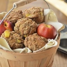 Peach cobbler muffins with a touch of sour cream and a cinnamon crumble topping.