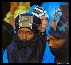 """Tuareg, mali - essakane, Tombouctou The Tuareg are also called the """"Blue People"""" for the indigo dye in the cloth they wrap themselves in seeps into their skin..."""