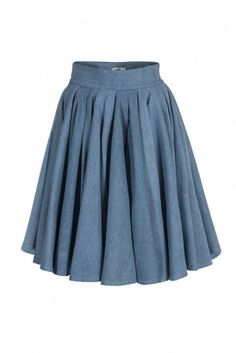 ANNE SKIRT - A midi skirt with folds from Concepto will be a fashion statement during any part of the day! Denim adds shape to the garment and makes it an absolutely comfortable choice. Team it with a tucked-in blouse and flats during the day or a smart shirt and high heeled booties for later!