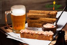 Pão de Cerveja com Patê de Tomate Seco