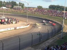 Dirt track racing at Eldora Speedway. I want to go Dirt Car Racing, Steve O, Saturday Night Fever, Sprint Cars, Spring Resort, Spring Nature, New Paris, Race Day, Nascar