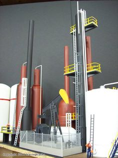 O Gauge Oil Refinery on theTwin Lakes Central (Alan Arnold's layout): J&C Studios O Gauge Archive