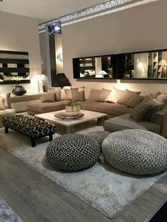 Discover the best luxury home decor inspiration selected for your next interior . - Discover the best luxury home decor inspiration selected for your next interior design project here - Small Living Rooms, Home And Living, Luxury Living Rooms, Living Roon, Spacious Living Room, Living Area, Cozy Living Room Warm, Living Room With Beige Couch, Budget Living Rooms