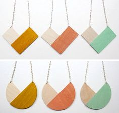 geometric necklaces in triangle and circle Terracotta Jewellery, Ceramic Jewelry, Wooden Jewelry, Leather Jewelry, Leather Craft, Handmade Jewelry, Wooden Necklace, Wood Earrings, Diy Earrings