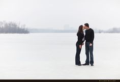 Google Image Result for http://www.chicagoillinoisweddingphotography.com/uploads/2010/03/romantic-chicago-winter-engagement-photos-pictures.jpg